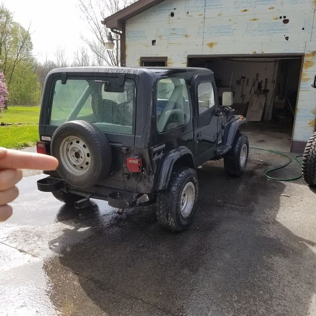 1990 YJ With Hard And Soft Top. Fixer Upper For Sale