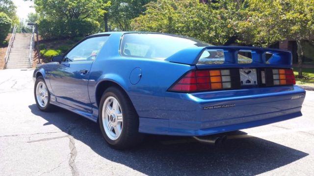 1991 chevrolet camaro z28 1le ultra blue metallic rare for sale chevrolet camaro z28 1le 1991. Black Bedroom Furniture Sets. Home Design Ideas