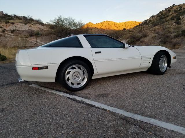 1991 Chevrolet Corvette ZR1 6470 miles white black interior