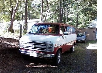 1991 Chevy G30 1T van w/350 Low Milage for sale - Chevrolet Other