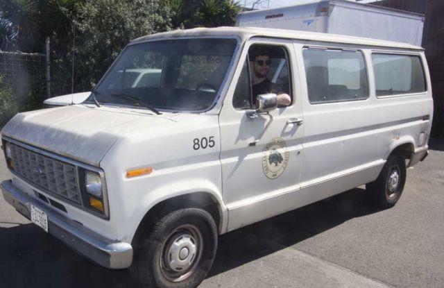 White Passenger Van 1991 Ford 3 Door Club ...