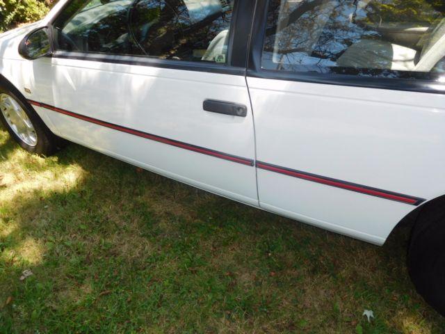Ford Saugus 1991 Ford Thunderbird Sport V8 - 48,000 One Elderly Owner ...