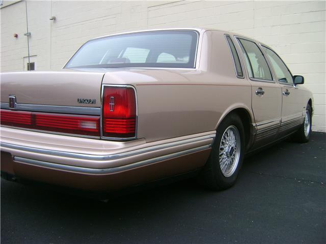 1992 93 94 95 96 97 Lincoln Town Car Cartier Low Miles Clean Carfax No Reserve For Sale
