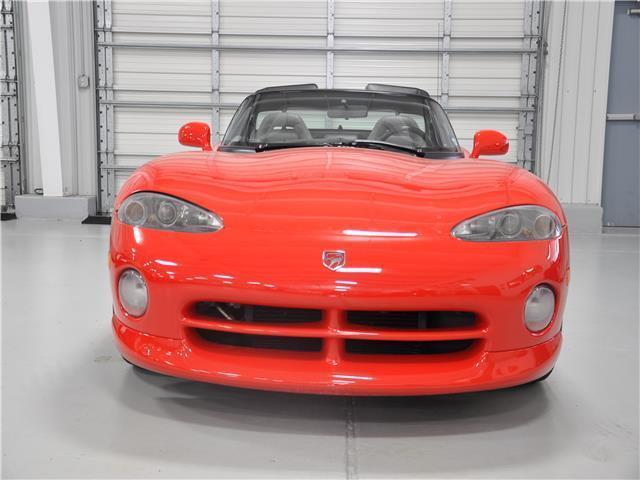 1992 dodge viper sports car rt 10 11 962 miles viper red 10 cylinder engine 8 0 for sale dodge. Black Bedroom Furniture Sets. Home Design Ideas