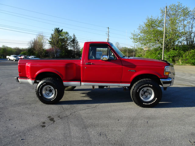 1992 ford f 150 custom reg cab flareside 4wd only 126k 5 8 automatic must see for sale ford f. Black Bedroom Furniture Sets. Home Design Ideas