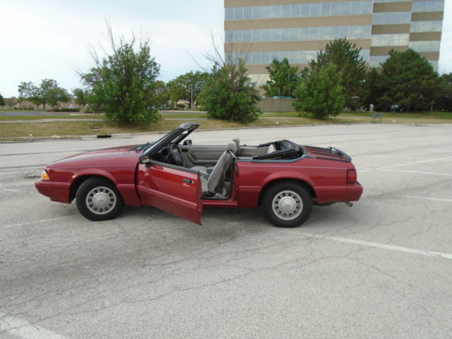 1992 ford mustang convertible 4 cylinder for sale ford mustang lx 1992 for sale in matteson. Black Bedroom Furniture Sets. Home Design Ideas
