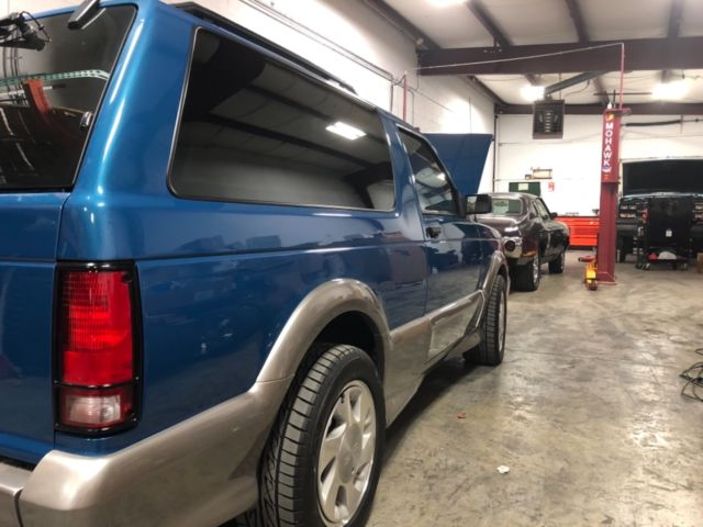 1992 Gmc Typhoon The Rarest Color Blue On Silver Only 28