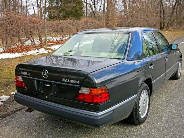 1992 mercedes 300d turbo diesel one senior owner for sale for Mercedes benz turbo diesel