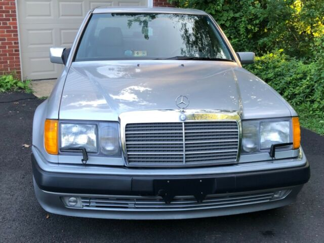 1992 Mercedes Benz E500, E series AMG , rare car collectable
