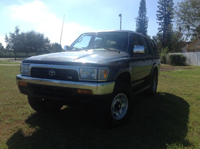 1992 toyota 4runner sr5 4x4 5 speed manual v6 one owner truck for sale toyota 4runner 4x4 5. Black Bedroom Furniture Sets. Home Design Ideas