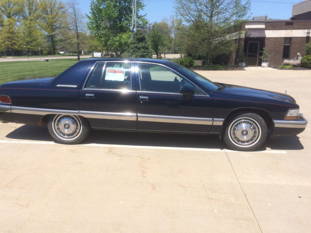 1993 buick roadmaster sedan with only 48k miles for sale. Black Bedroom Furniture Sets. Home Design Ideas