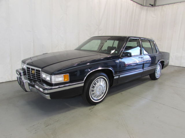 1993 cadillac sedan deville only 27 500 miles excellent condition for sale cadillac deville. Black Bedroom Furniture Sets. Home Design Ideas