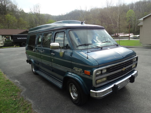 1993 chevrolet g20 chevy van extended cargo van 3 door 5. Black Bedroom Furniture Sets. Home Design Ideas