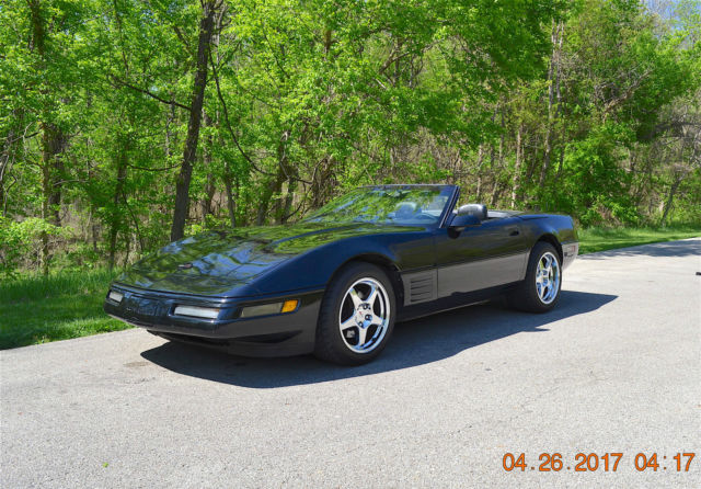 1993 corvette convertible auto loaded beautiful desirable. Black Bedroom Furniture Sets. Home Design Ideas