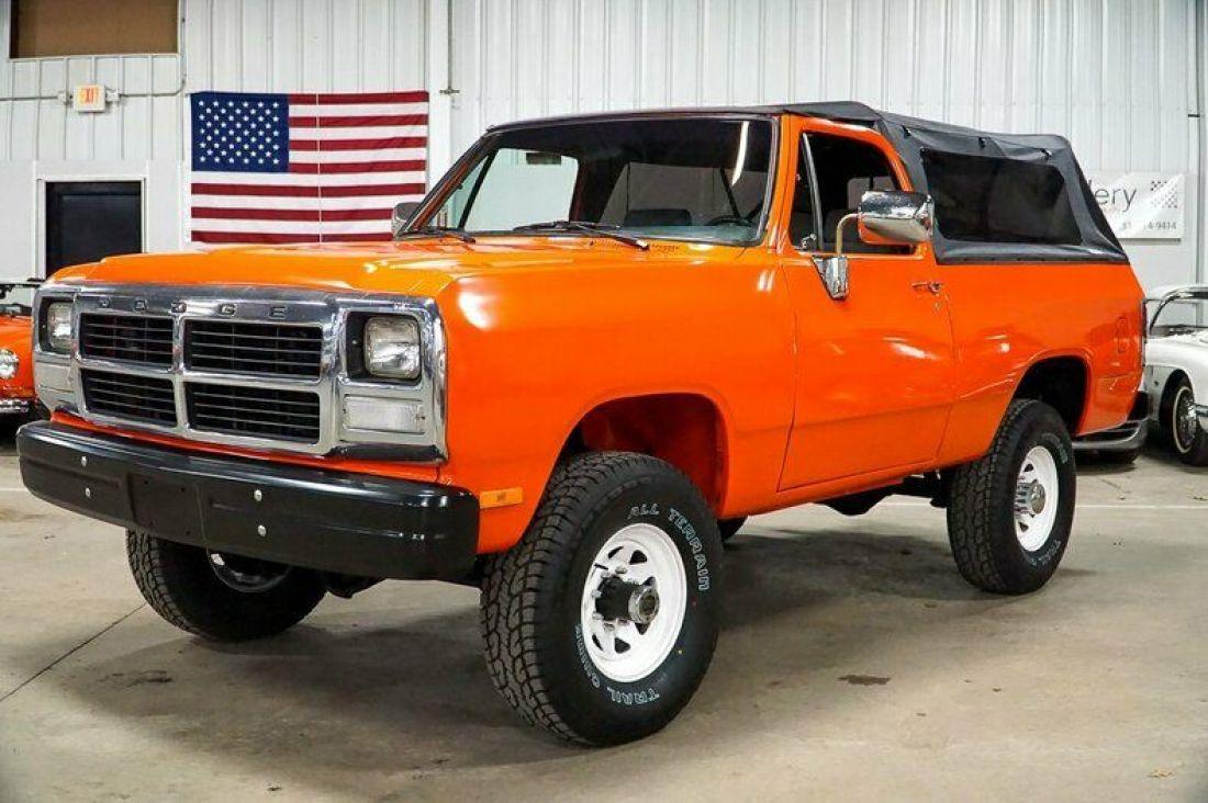 1993 Dodge W250 127794 Miles Orange Pickup Truck 5 9l