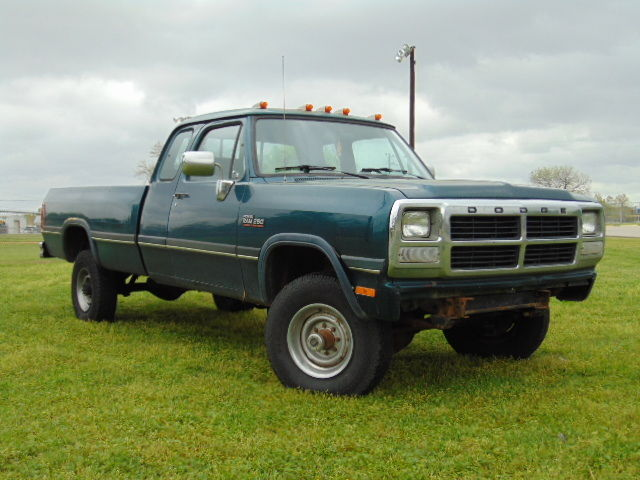 1993 dodge w250 1st gen cummins 12 valve diesel 5 speed 4x4 148k actual miles for sale dodge. Black Bedroom Furniture Sets. Home Design Ideas
