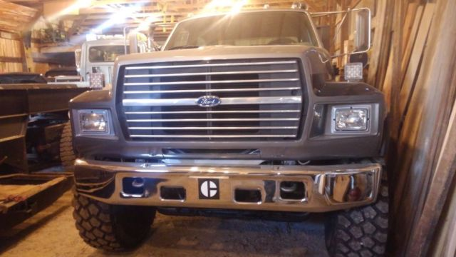 Electric Truck Steps >> 1993 Ford F800 crew cab service truck toy hauler f750 f650 ...