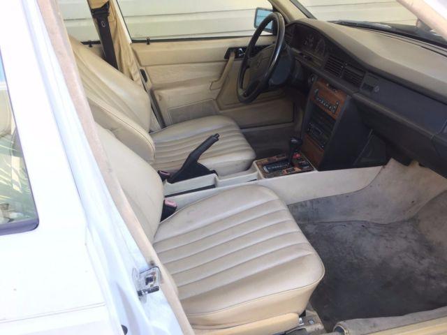service manual 1993 mercedes benz 300sd rear door interior repair 1992 mercedes benz 190e. Black Bedroom Furniture Sets. Home Design Ideas