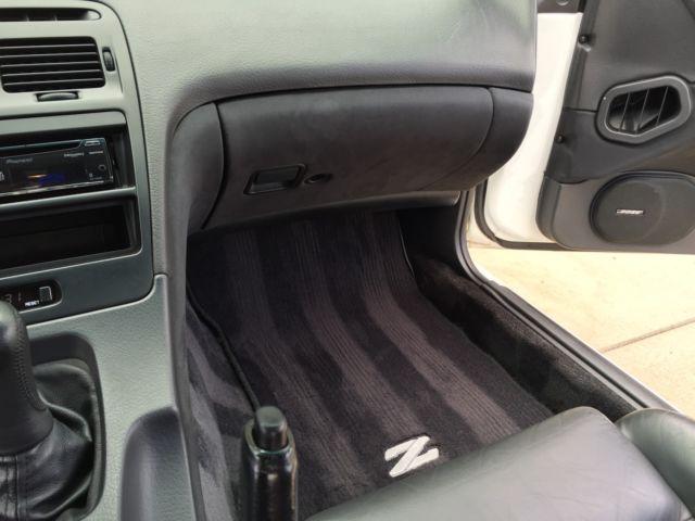 PrevNext & 1993 Nissan 300ZX Base Coupe 2-Door 3.0L Super White Black Leather 5 ...