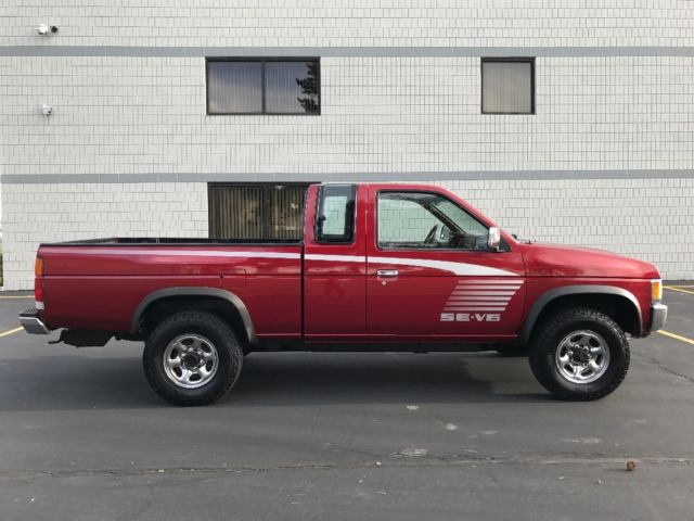 Four Wheel Drive Taxi : Nissan d hardbody pick up extended king cab