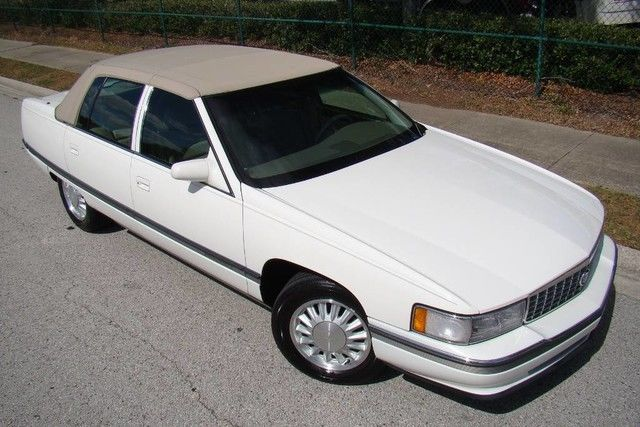 1994 cadillac deville concours only 57 000 low miles extra clean florida for sale cadillac. Black Bedroom Furniture Sets. Home Design Ideas