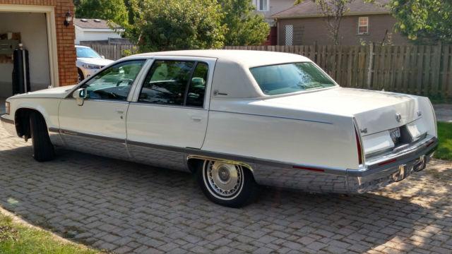 100 94 Cadillac Fleetwood Brougham 1994