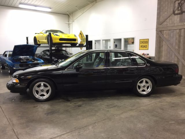 1994 chevrolet impala ss lt1 only 64k miles clean clean. Black Bedroom Furniture Sets. Home Design Ideas