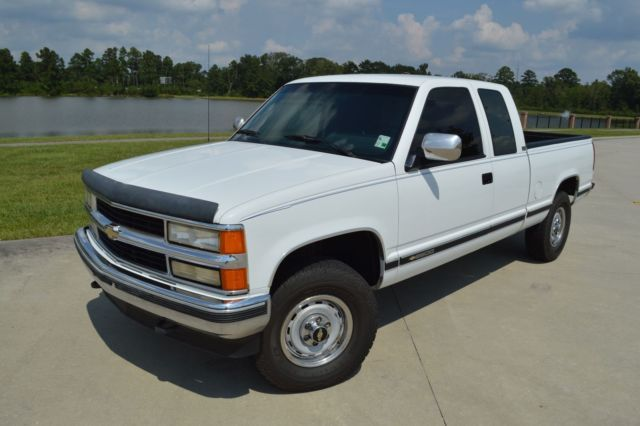 1994 chevrolet silverado 2500 extended cab 4x4 low miles clean carfax serviced for sale. Black Bedroom Furniture Sets. Home Design Ideas