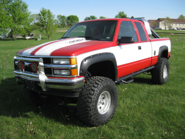 1994 Chevrolet Silverado 4x4 1500 Show Truck Lifted 454