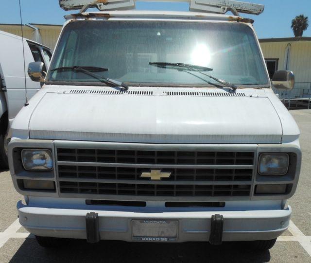 1994 CHEVY G10 Cargo Van W/Roof Rack