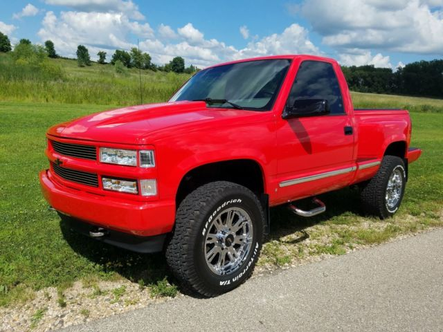 1994 chevy k1500 4x4 restored 350 auto a c torch red for sale chevrolet c k pickup 1500 1994. Black Bedroom Furniture Sets. Home Design Ideas
