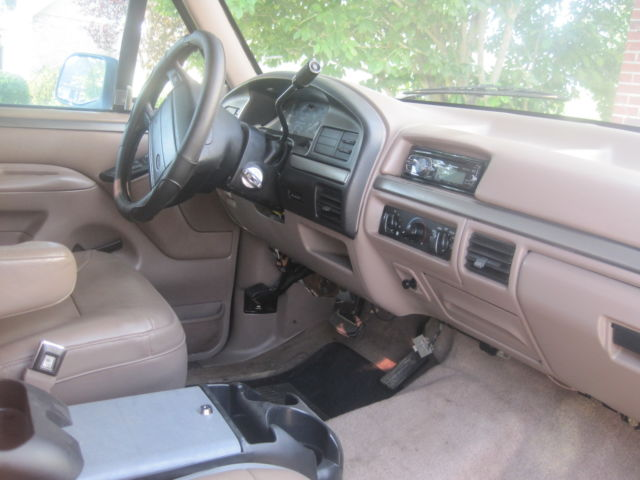 1994 ford bronco eddie bauer edition tan interior black exterior for sale ford bronco eddie. Black Bedroom Furniture Sets. Home Design Ideas