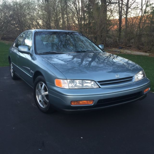 1994 honda accord ex sedan 4 door in very good condition for sale honda accord ex 1994 for. Black Bedroom Furniture Sets. Home Design Ideas