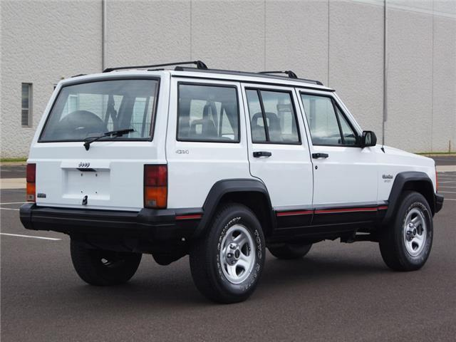 1994 jeep cherokee sport xj 4x4 no reserve auction see youtube video for sale jeep. Black Bedroom Furniture Sets. Home Design Ideas