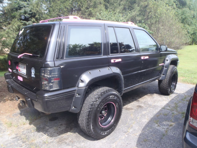 1994 jeep grand cherokee 4 0l 6cyl full time 4wd killer audio lift kit big tires for sale jeep. Black Bedroom Furniture Sets. Home Design Ideas