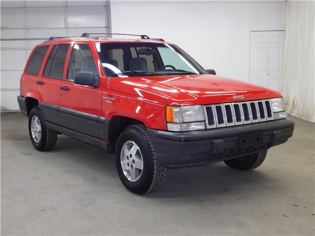 1994 jeep grand cherokee laredo 4 0l 6cyl 4wd only 129k we can help you ship for sale jeep. Black Bedroom Furniture Sets. Home Design Ideas