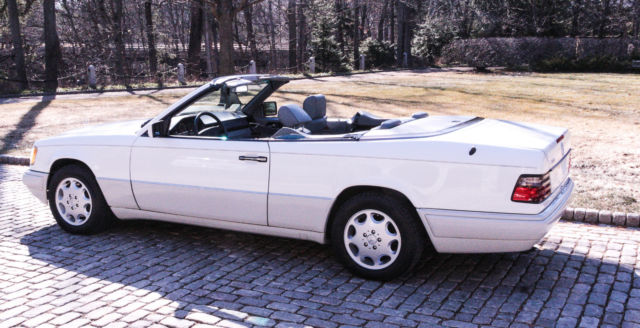 1994 mercedes benz e320 cabriolet low miles mint for sale mercedes benz 300 series 1994. Black Bedroom Furniture Sets. Home Design Ideas