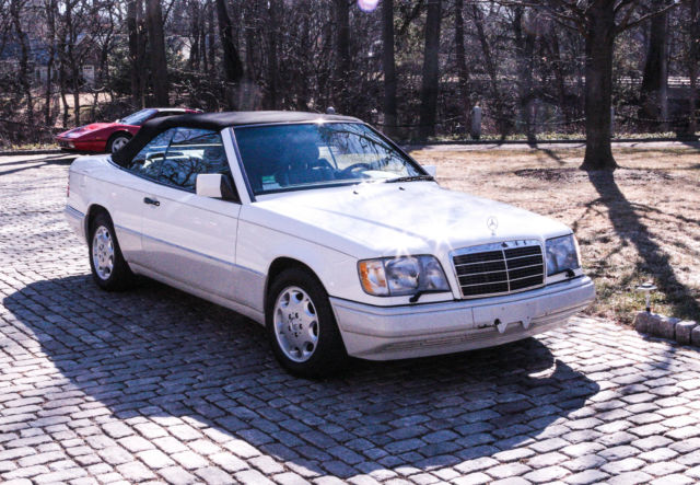 1994 mercedes benz e320 cabriolet low miles mint for for Mercedes benz lake forest