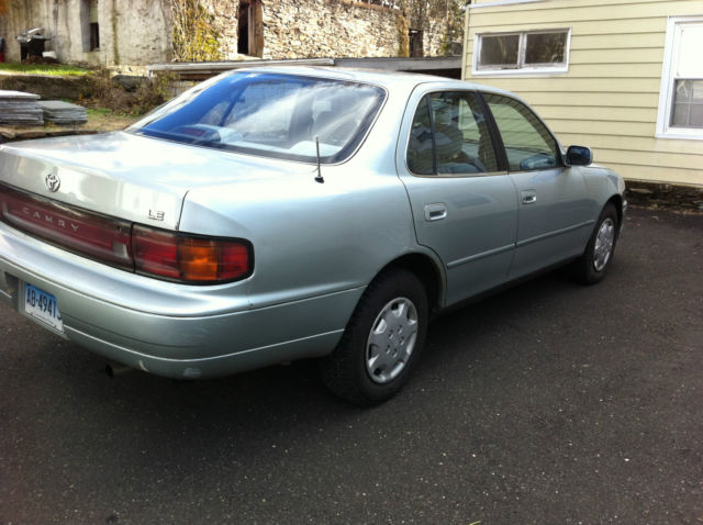 1994 toyota camry le sedan 4 door for sale toyota camry 1994 for sale in greenwich. Black Bedroom Furniture Sets. Home Design Ideas