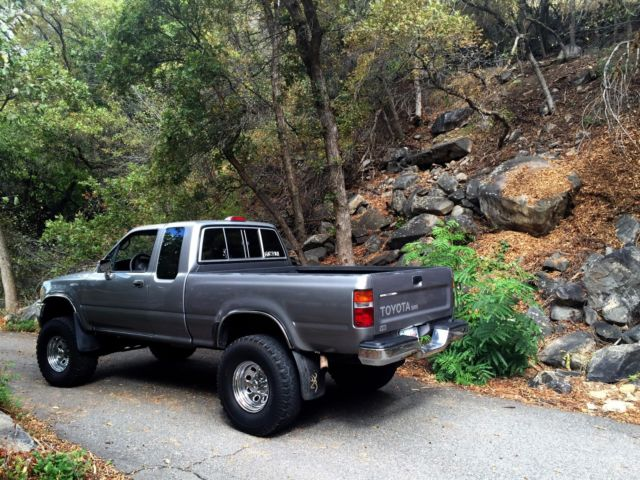 1994 Toyota pickup SR5 4x4 extra cab for sale Toyota