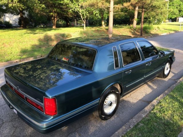 1995 Lincoln Town Car Signature Series For Sale Lincoln Town Car