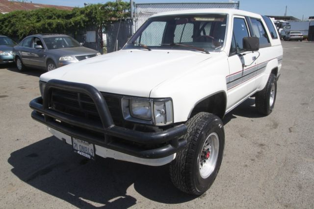 1995 toyota 4runner dlx 4wd automatic 4 cylinder no reserve for sale toyota 4runner 1988 for. Black Bedroom Furniture Sets. Home Design Ideas