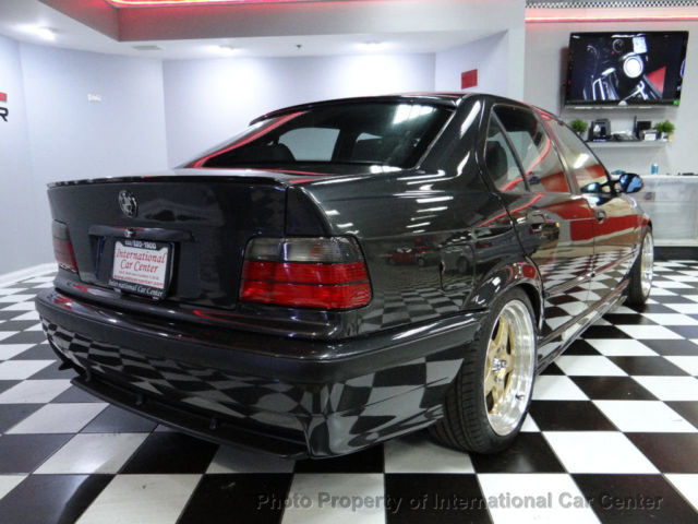 3 Series Bmw 320i E36 Sedan Jdm Right Hand Drive Only 40k Miles M3