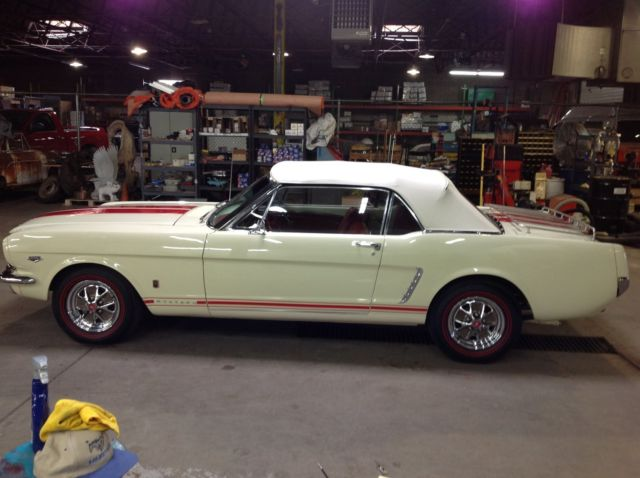 64 1 2 Mustang Convertible 4 Speed V8 For Sale Ford