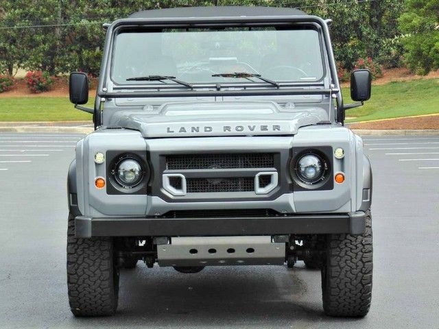 Adventuremotorcars presents 1994 nas defender 90 frame for Garage land rover nancy