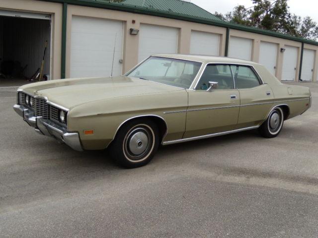 barn find original 1972 ford galaxie 500 4 door hdtp runs. Black Bedroom Furniture Sets. Home Design Ideas