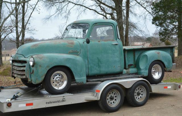 Barnfind 1953 gmc chevrolet 5 window 3100 swb pickup for 1953 gmc 5 window