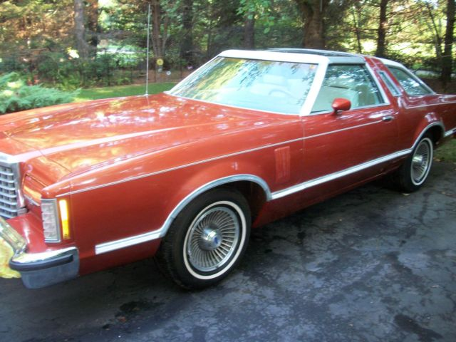 beautiful rare luxury t top edition 1979 ford thunderbird town landau low mile for sale ford. Black Bedroom Furniture Sets. Home Design Ideas