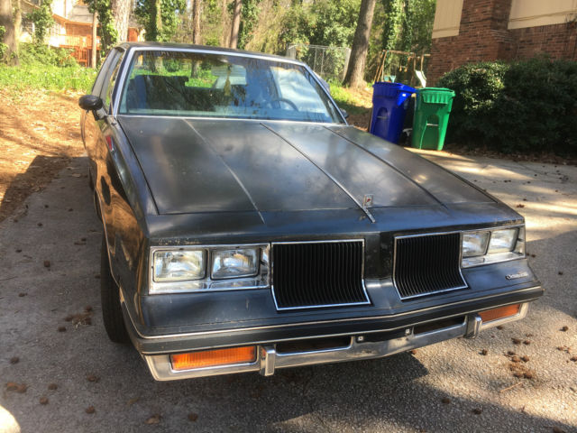 Black classic car 1986 oldsmobile cutlass salon coupe for 1986 oldsmobile cutlass salon for sale