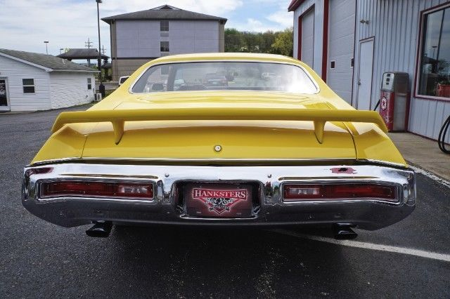 buick skylark yellow with 2 000 miles for sale for sale buick skylark gsx style 1971 for. Black Bedroom Furniture Sets. Home Design Ideas